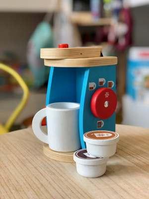 macchinetta del caffè kaki